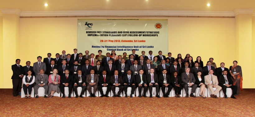 Group photo of APG delegates, presenters and organisers